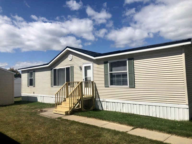 8448 Barkwood Circle, Fenton, Michigan 48430, ,Manufactured Homes,For Sale,Dutch II,Barkwood Circle,1,1005